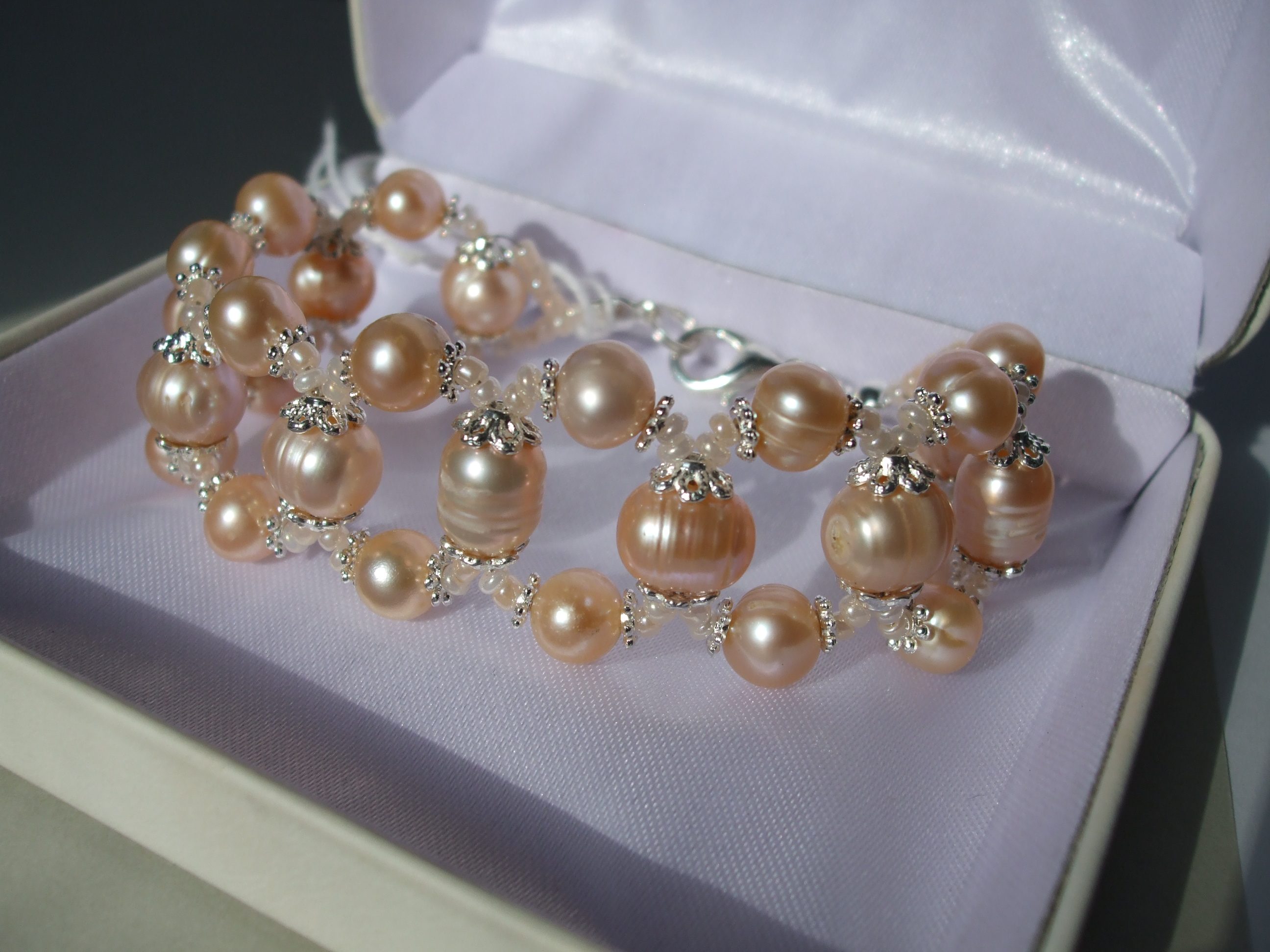 BC014 Pink pearl weave bracelet