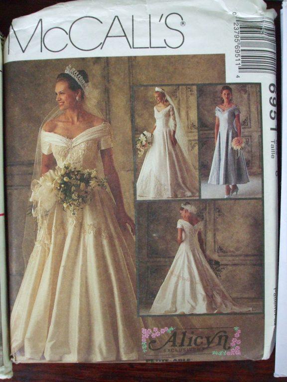 Sewing Pattern Formal Bride Wedding Bridal Dress 1 2 Pc Butterick