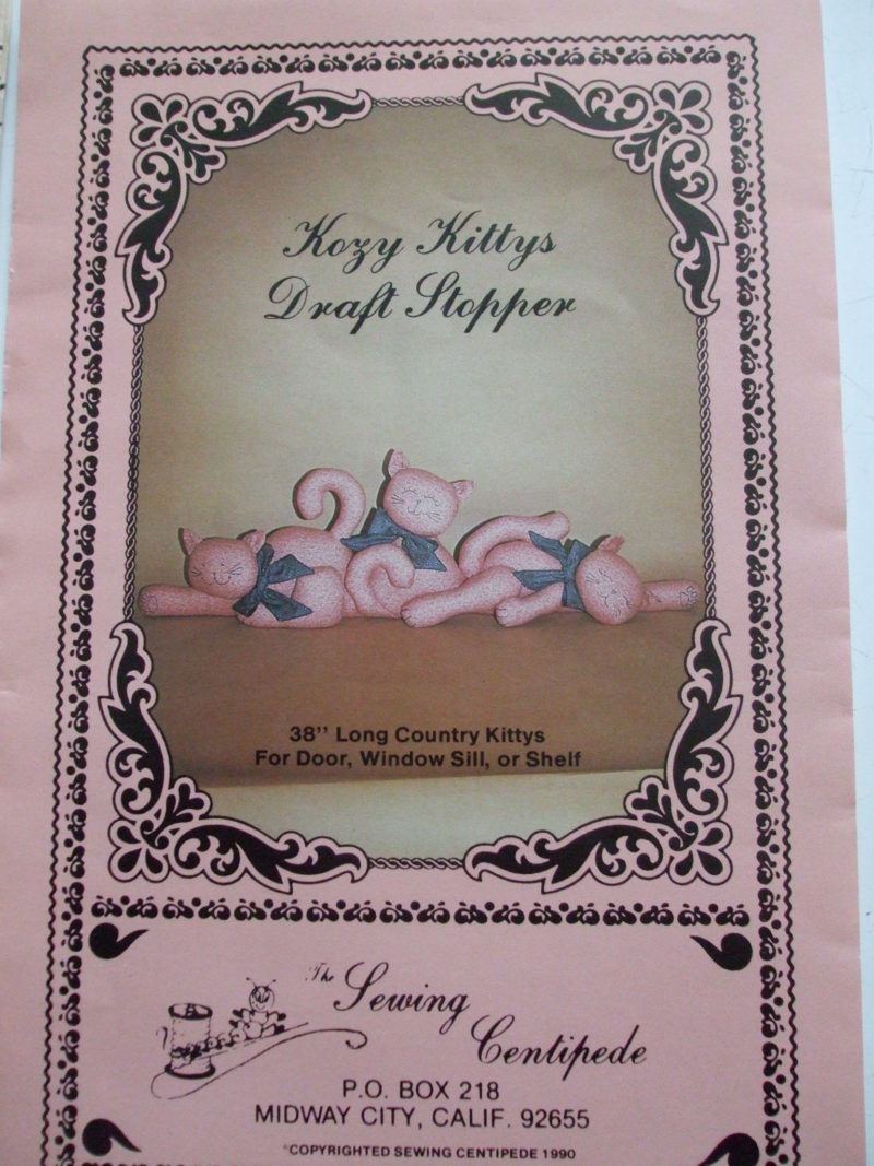 Kosy Kittys 38 inch Draft Stopper Sewing Centipede pattern 1990