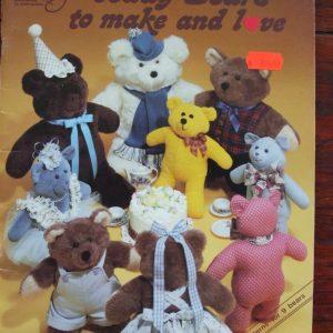 Teddy Bears 9 to make & Love Q-303