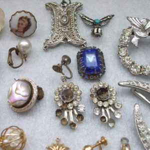 Vintage & Collectible Jewelry