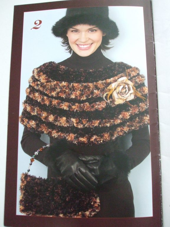 Boa furs pattern bernat 2005 Knit crochet cape poncho wrap purse dog ...