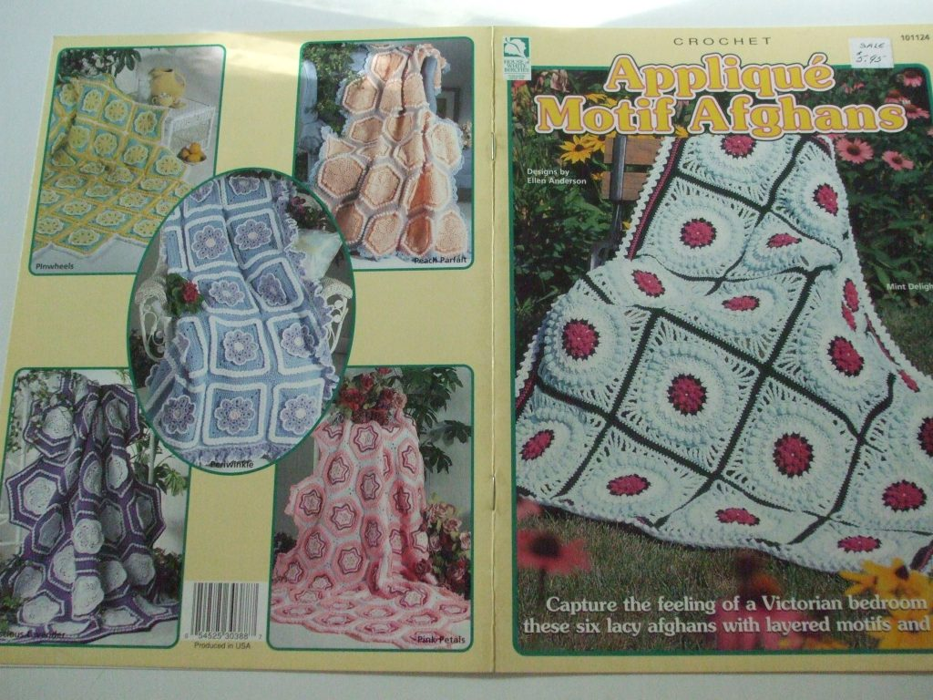 Afghans Crochet patterns Christmas Floral Quilt Red Heart Annie's Attic  White Birches