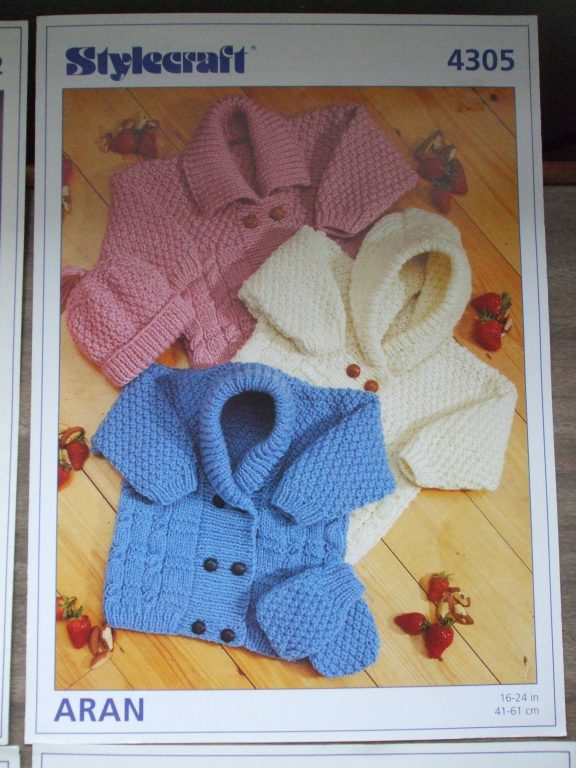 0608d1ebb baby knit pattern set Stylecraft Spinrite pram set cardigans booties ...