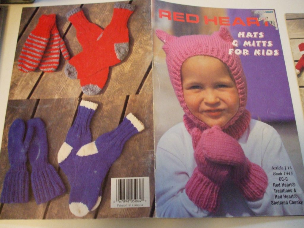 Red Heart knitting patterns hats mitts scarf helmet toque socks ...